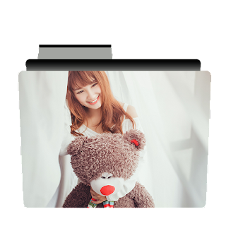 Preview of Cute chinese girl with bear folder icon.
