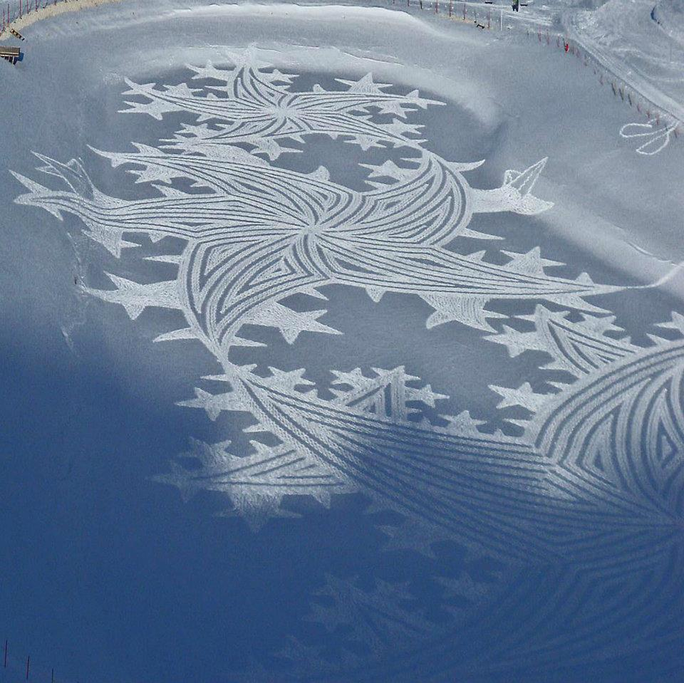 Stunning Snow Patterns by Simon Beck (Snow Art) 9