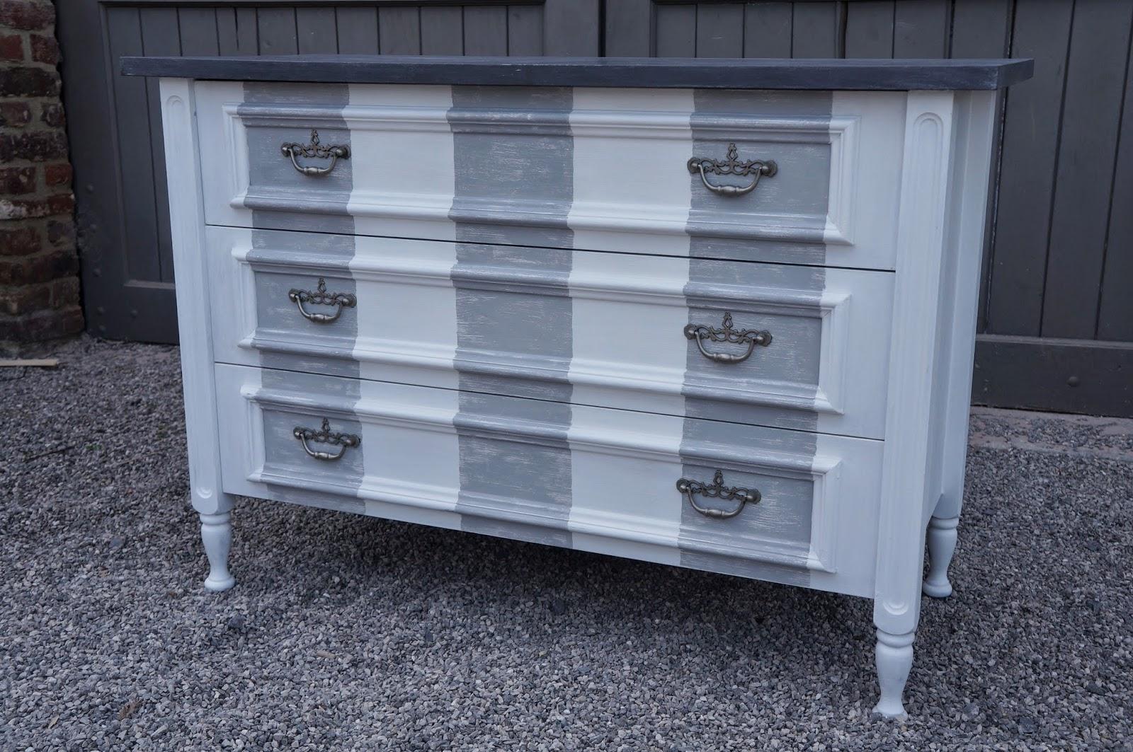 urlu et berlu avant apr s quelques commandes. Black Bedroom Furniture Sets. Home Design Ideas