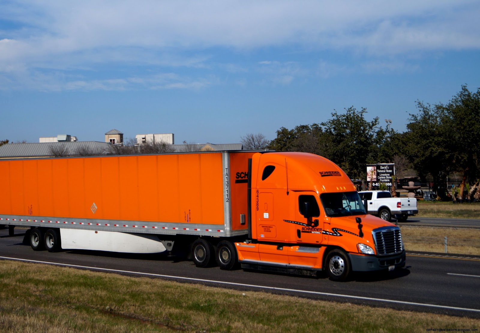 Schneider Trucking | Amazing Wallpapers