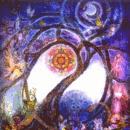 Radiocuento. Dibujo de árbol luminoso en una noche de luna
