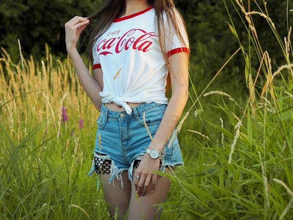 184. Stylizacja: T-shirt Coca-Cola + letnie ujęcia.