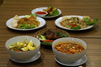 Makanan di Kopi Bandar Muzakki sebagai bahan percobaan Food blogger