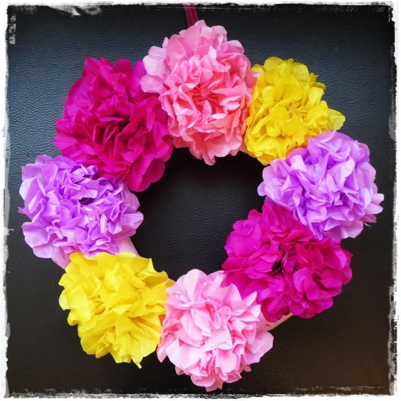 Studiamando liberamente ghirlanda di primavera con fiori for Lavoretti di primavera