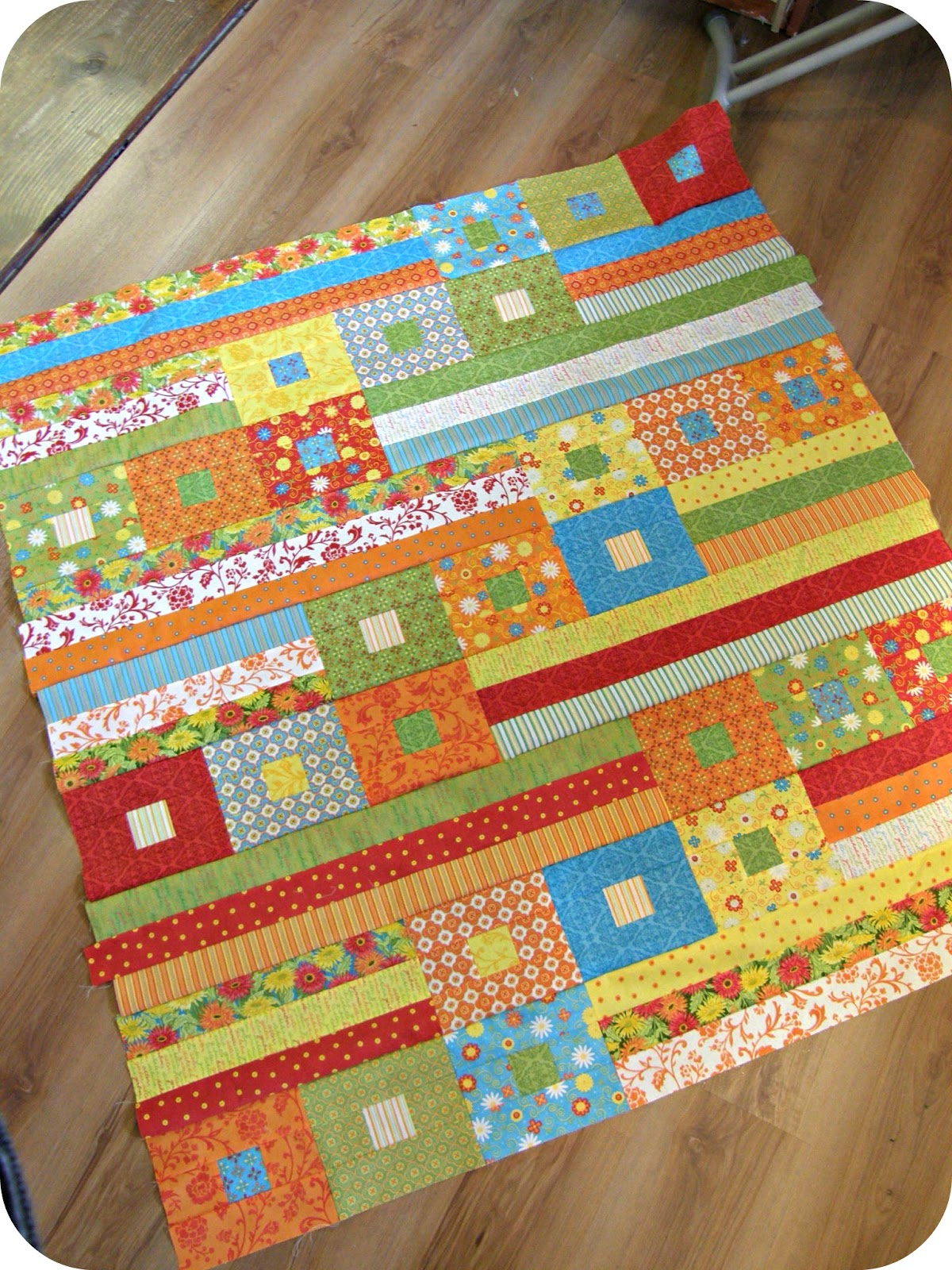Super Cute And Easy Jelly Roll Quilt With Square