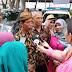 Jokowi KW Jadi Rebutan Warga Medan