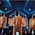 "iKON Tutupi Wajah Mereka Dengan Topeng Gas di Teaser Video ""Bling Bling"""