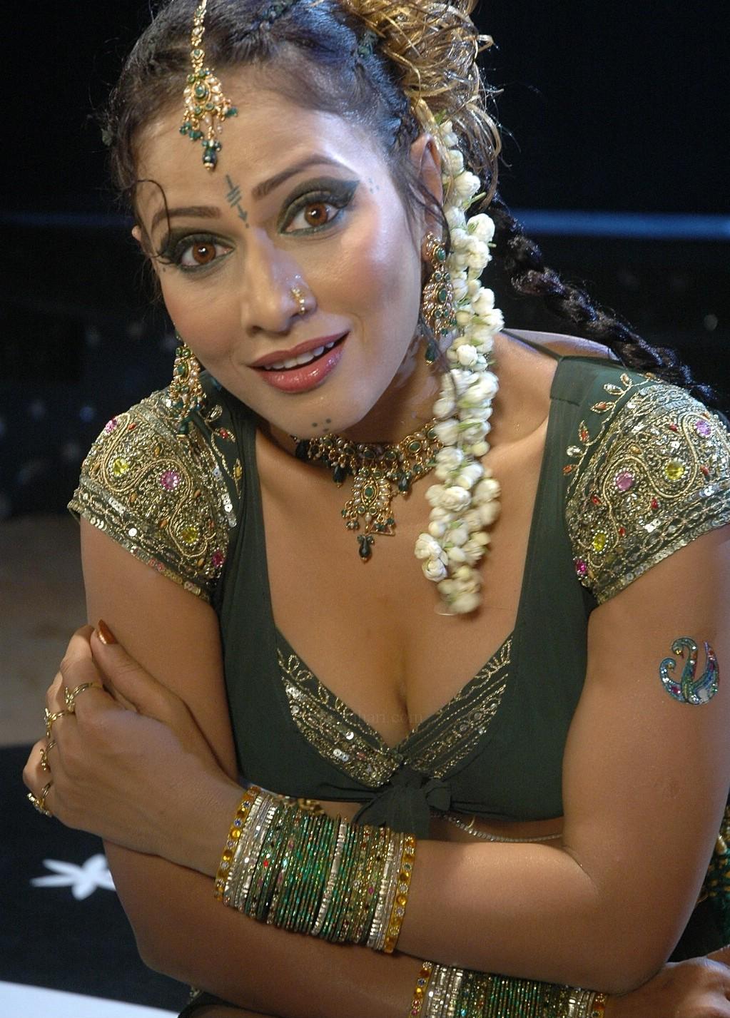 Bhojpuri Actors  Actress Pictures, Wallpapers