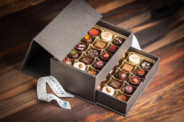 Scatola di cioccolatini con amore