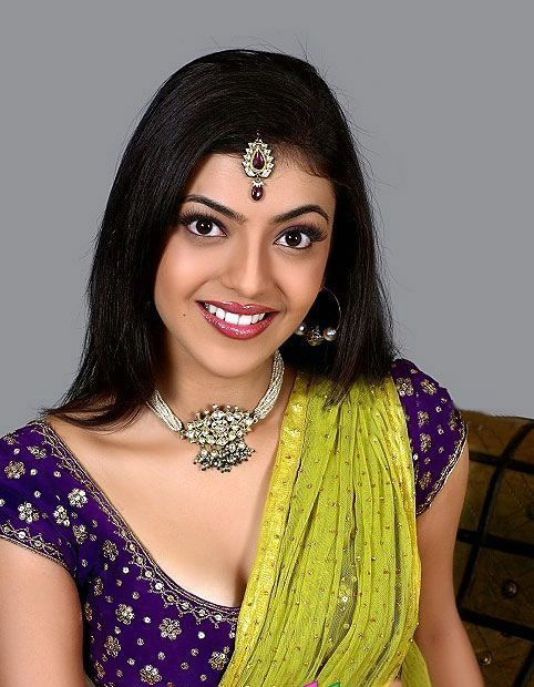 kajal agarwal traditional dress - photo #43