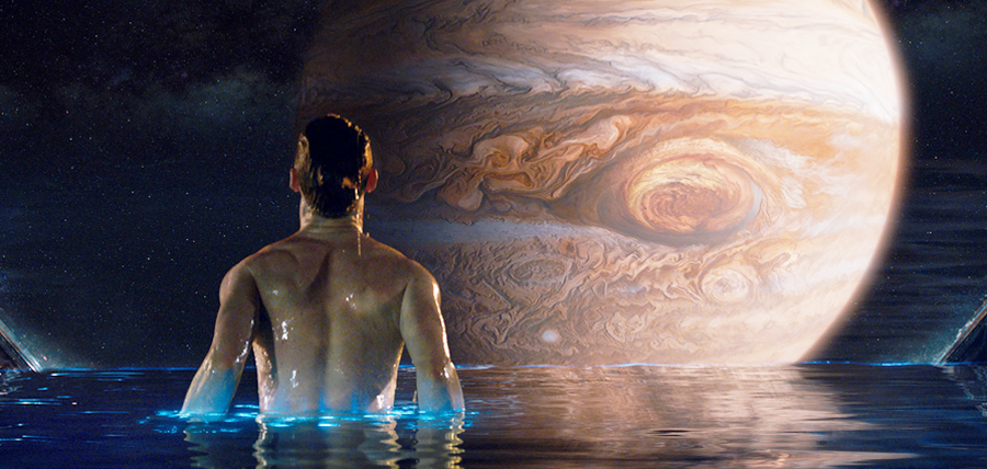 Eddie Redmayne în filmul sci-fi Jupiter Ascending