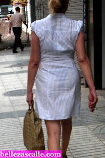 mujer madura vestido transparente