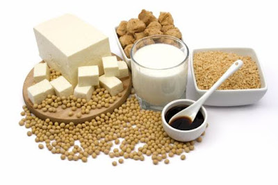 Foods rich in calcium are often of animal origin - milk, yoghurt, cheese, kefir, fish, and eggs. On other hand, plant foods rich in calcium are nuts, veggies, soy products, dried fruit, and sesame.