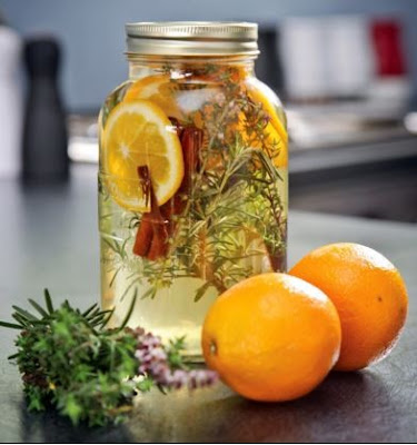 Φτιάξε φυσικό αρωματικό σπιτιού με βότανα και μπαχαρικά!