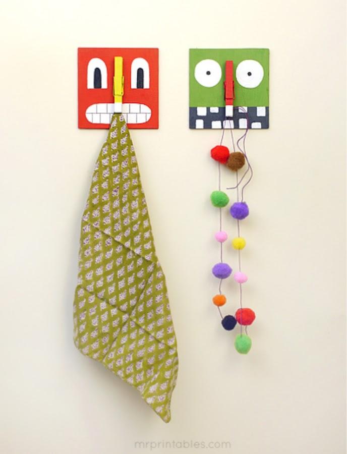 Percha hecha por niños- Percha pintada chapa