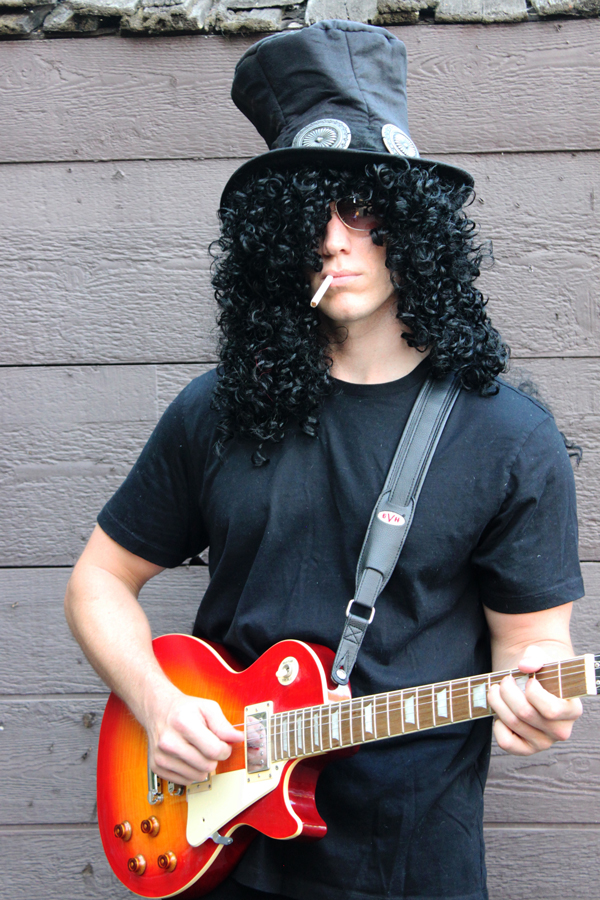Slash costume: top hat, wig, aviators, cigarette & Les Paul guitar