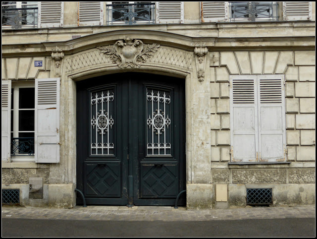 Door Versailles portail