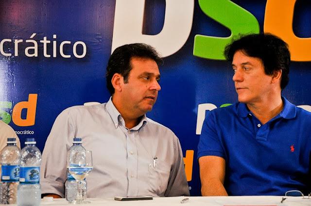 Resultado de imagem para CARLOS EDUARDO E ROBSON FARIA