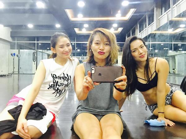 Sarah Geronimo attends pole dancing class under Ciara Sotto