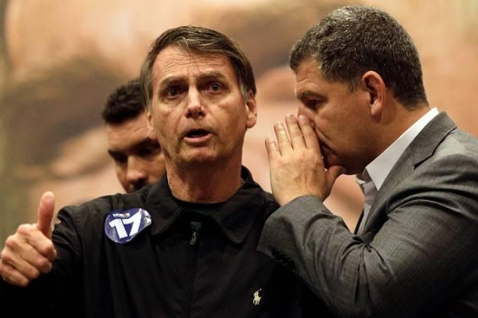 MEU GAROTO! MEU PAI PAI!; Cai o primeiro ministro do Bolsonaro, venceu o filhão