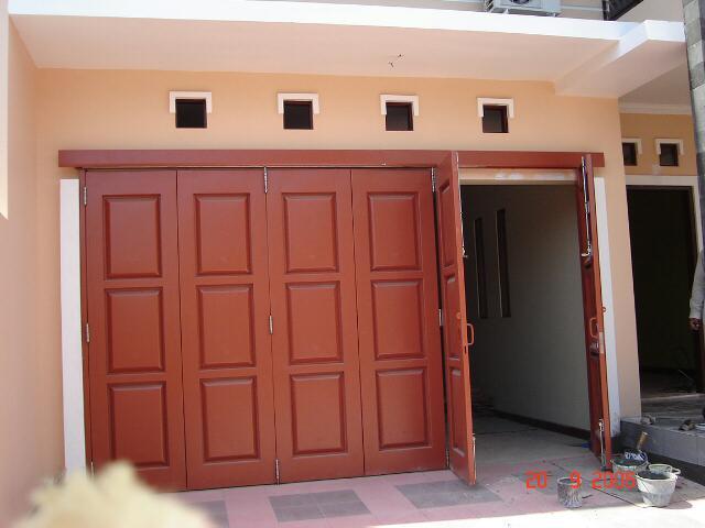 Bengkel Las Baja Karya: pintu garasi Henderson