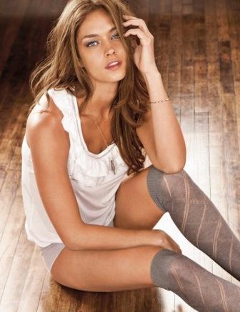 italian model female naked