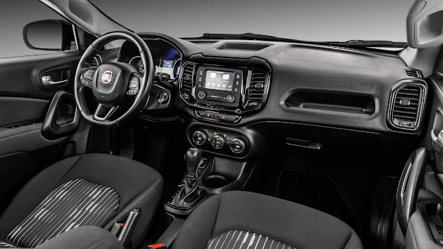 Fiat Toro 2.4 Flex Automática 2017 - interior