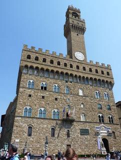 Torre de la Vacca y Palazzo Vecchio de Florencia.