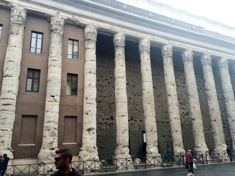 3 days in Rome - Piazza di Pietra