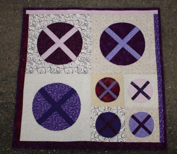 X Marks the Spot Mini Quilt | DevotedQuilter.blogspot.com