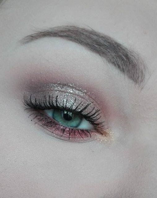 Dzienny makijaż paletką Zoeva Cocoa Blend