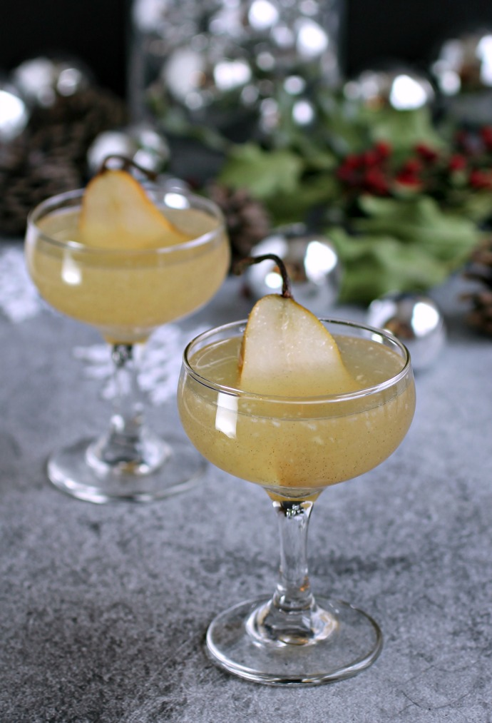 Cardamom Scented Pear and Champagne Cocktail