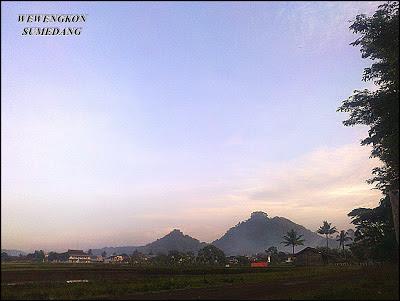 Gunung Kacapi Kabupaten Sumedang