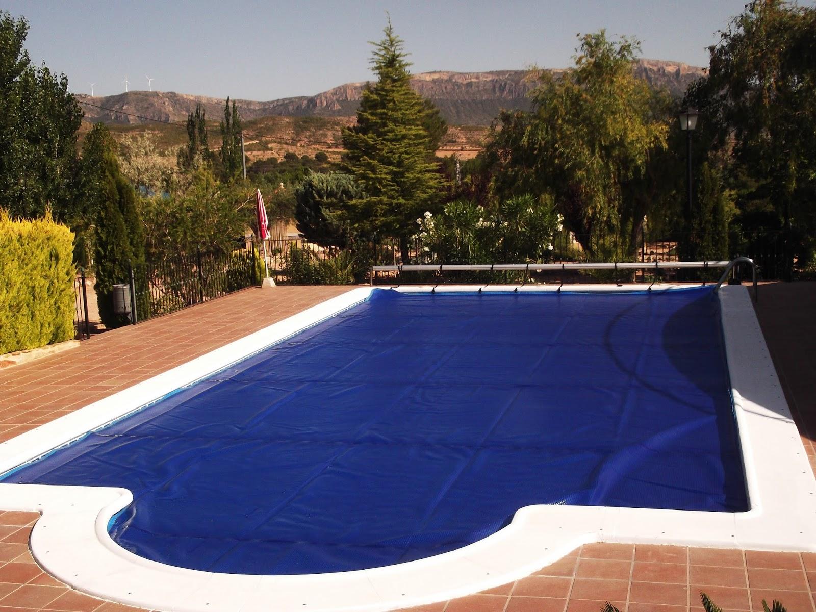 Mantas termicas para piscinas mantas termicas para piscinas for Piscinas pvc baratas