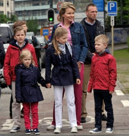 Crown Prince Philippe, Crown Princess Mathilde and their children attended the premiere of the musical 'Peter Pan
