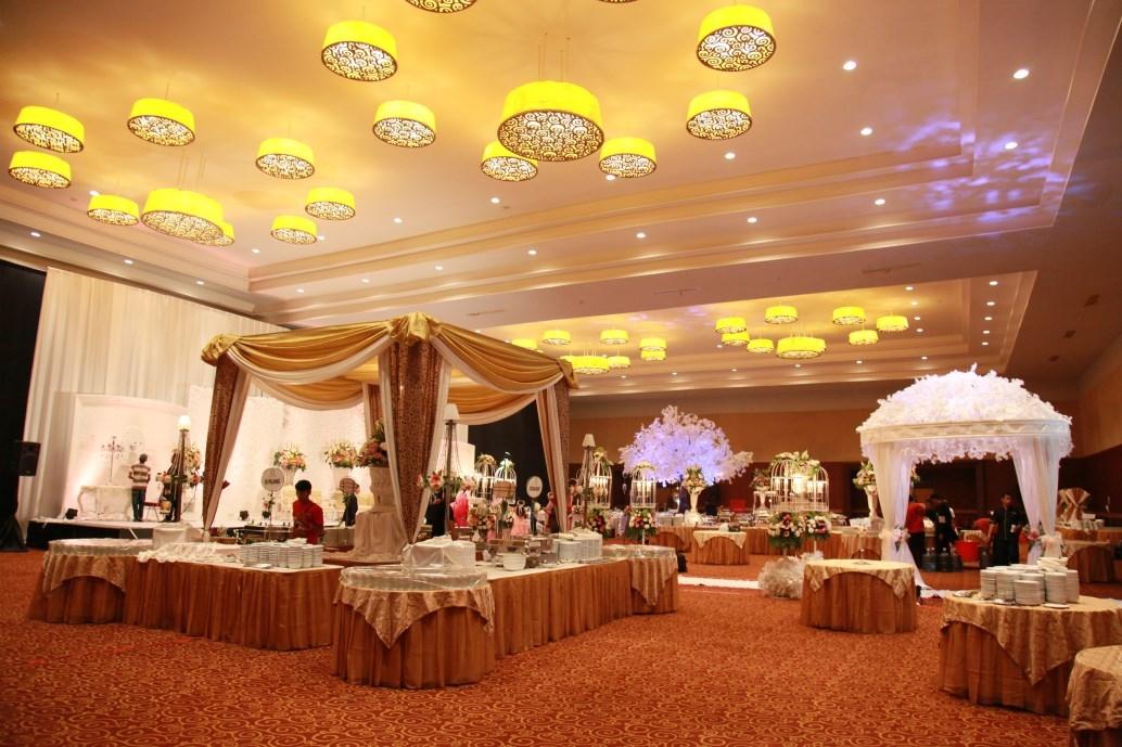 dekorasi pernikahan madiun aneka contoh