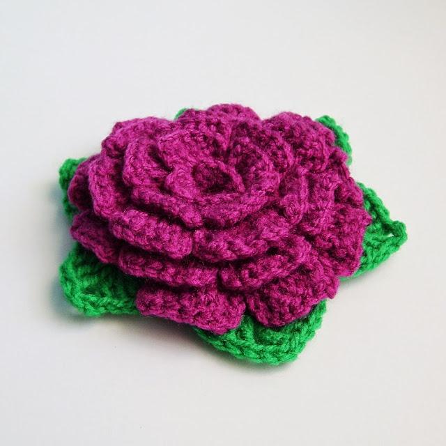 róża szydełkowa