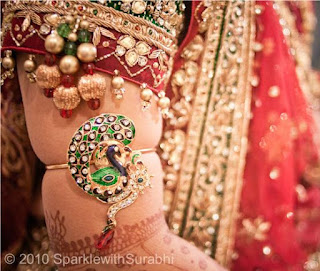 Armlets or Baaju-band help in improving the blood circulation of the bride.