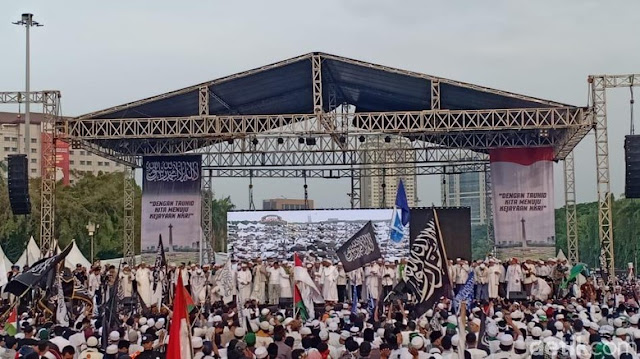 Panitia Reuni 212: Arahan HRS, Kami Ganti 'Alumni' Jadi 'Mujahid'