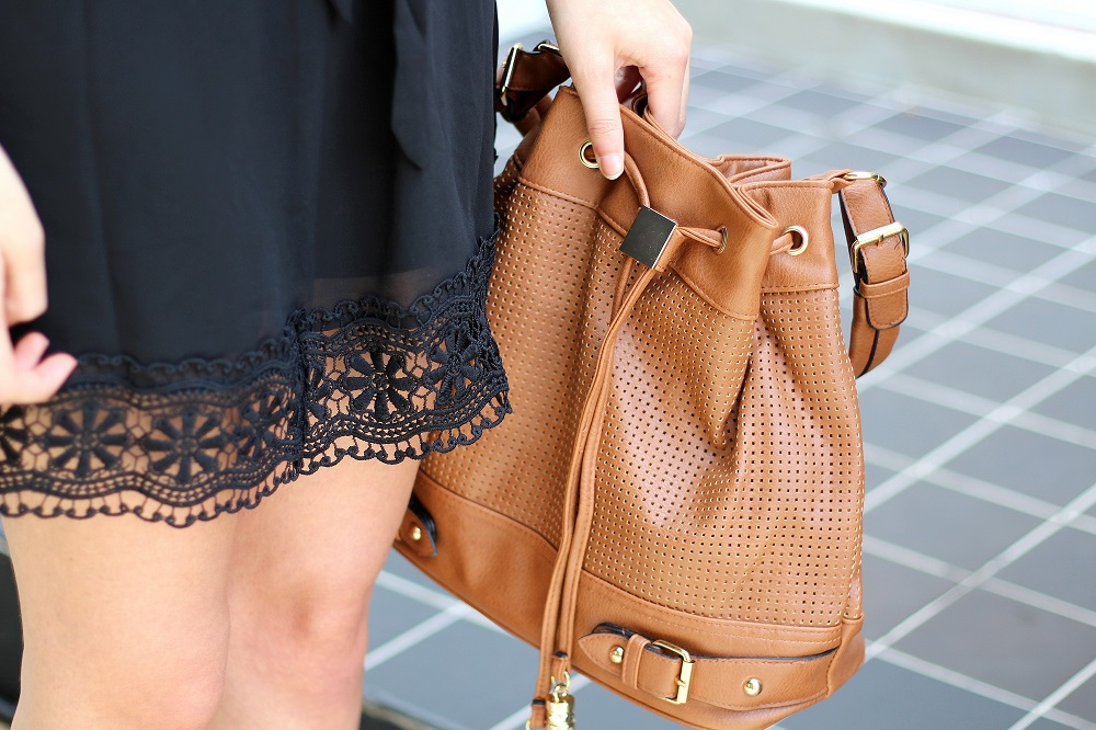 peexo fashion blogger wearing bandeau dress