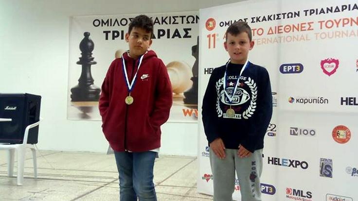 Δύο ασημένια μετάλλια κατέκτησαν οι σκακιστές του Εθνικού Αλεξανδρούπολης στο 11ο Διεθνές Τουρνουά Τριανδρίας