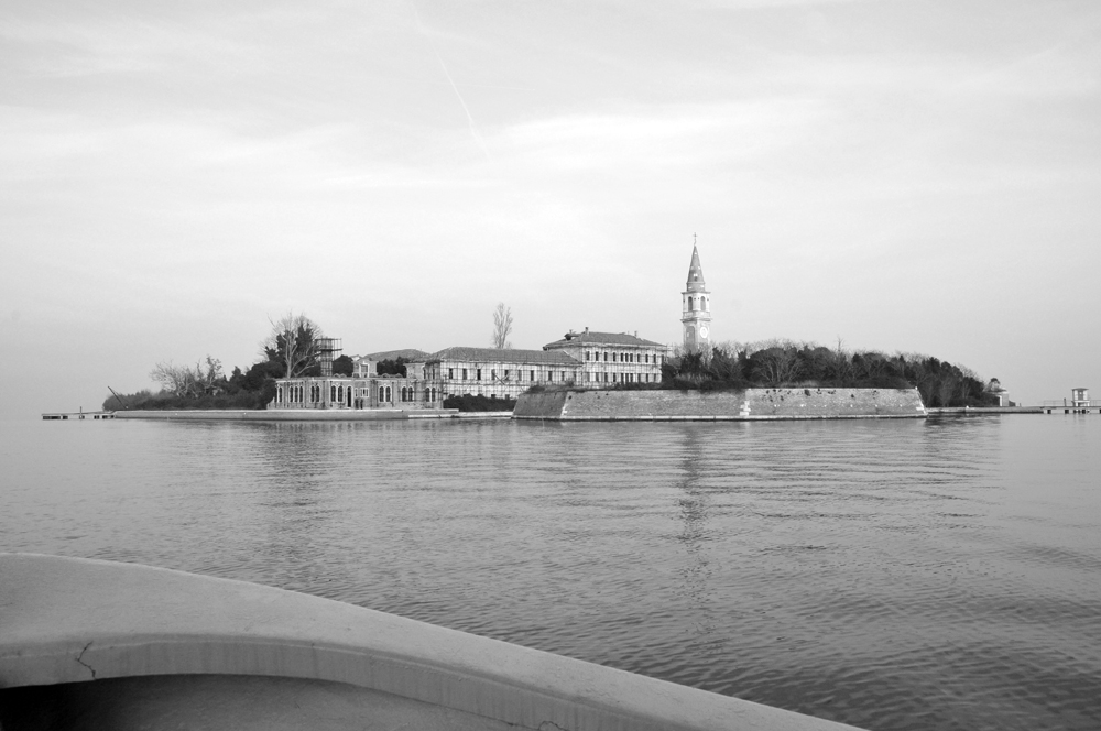 "Italy's ""Most Haunted"": Poveglia by Dragon Boat"
