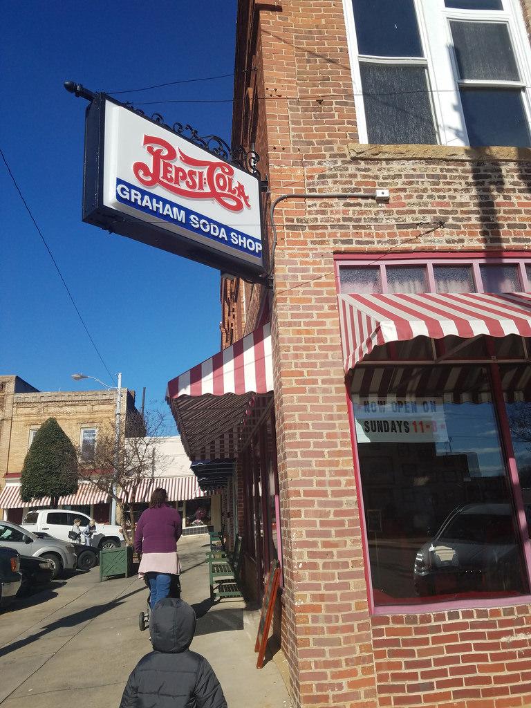 Carolina Crossroads: Graham Soda Shop & Grill