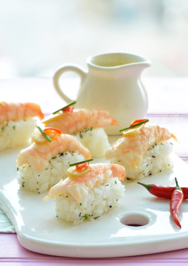 Sushi De Gambas Al Ajillo Flor De Azahar