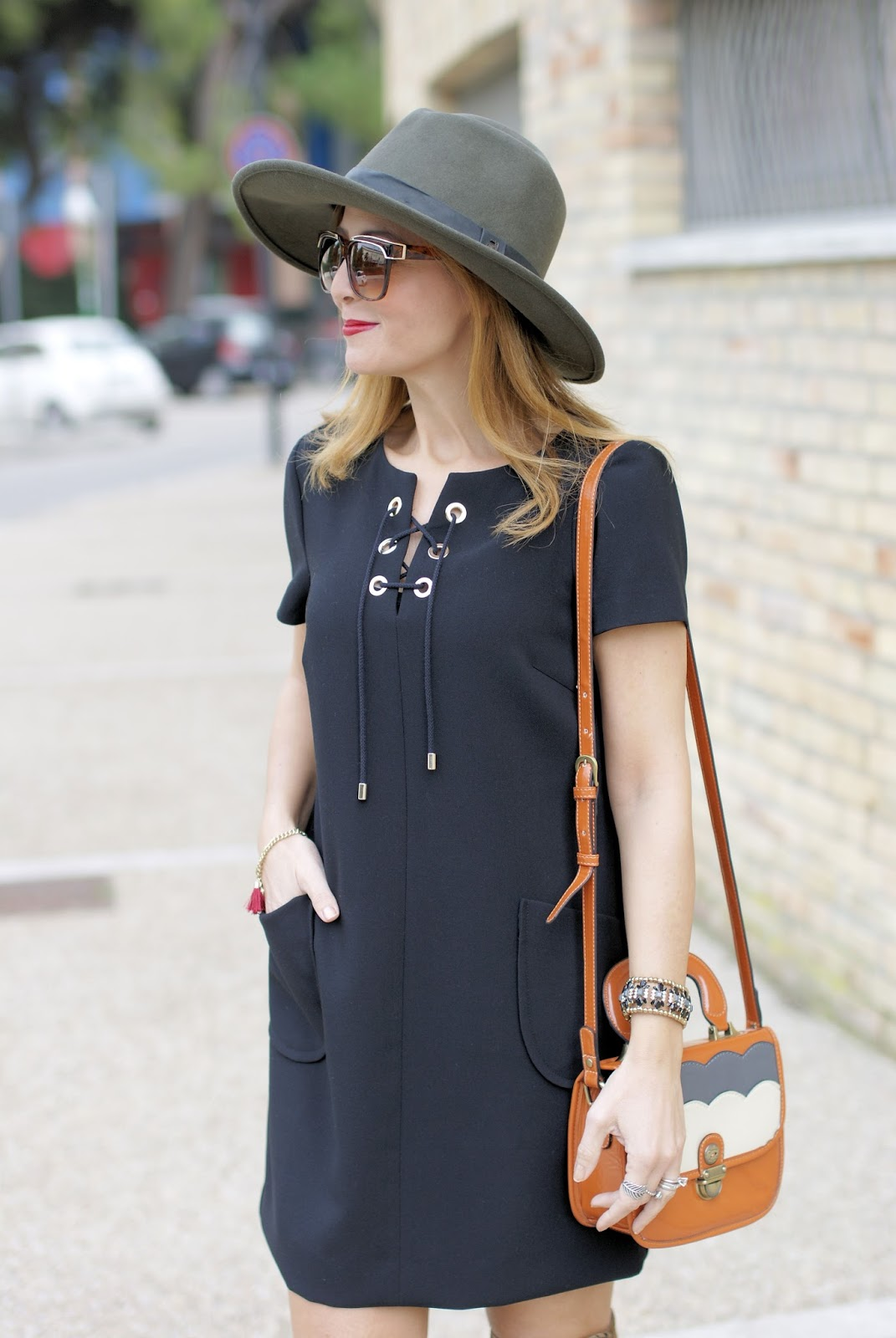1.2.3 Paris Dina dress 70s style on Fashion and Cookies fashion blog, fashion blogger style