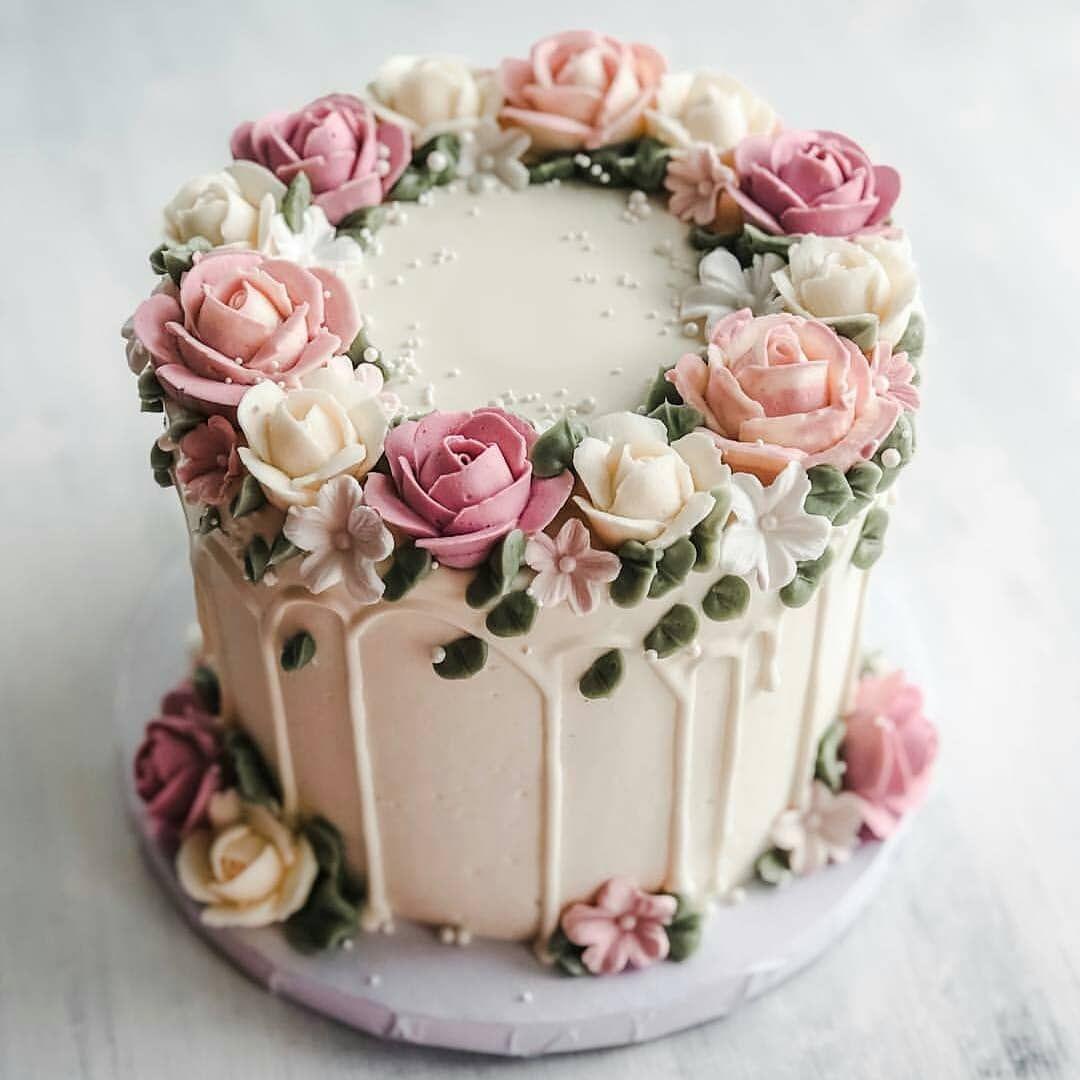 Sang Juragan Unique Beautiful Rose Happy Birthday Cake