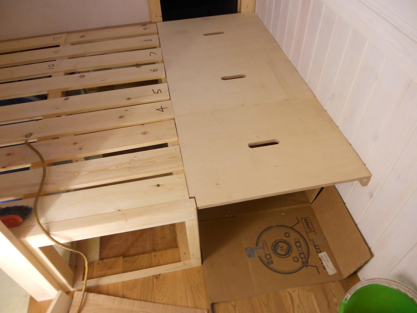 Harris Amp Watson Narrowboat Build Bedroom Cross Bed