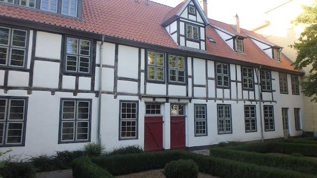 lingonberryhouse, rostock, visit, abroad, visiitti, ulkomailla