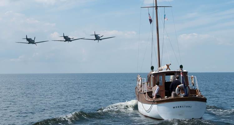 Barcos y aviones Dunkerque