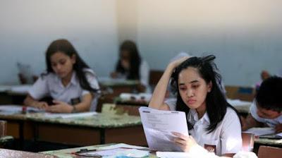 Pengamat Ragukan Kemampuan Guru Menilai Siswa Jika UN Ditiadakan